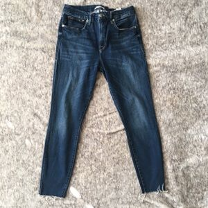 Good American Jeans - Good American Good Legs Raw Hem Skinny Jeans 31
